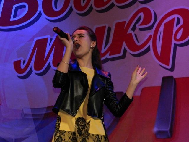 Ашинский «Волшебный микрофон» достался вокалистке из Миньяра