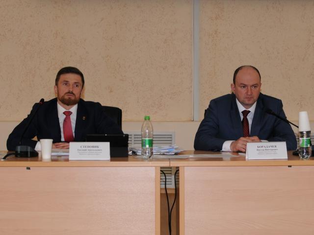 Миасские депутаты приняли отчет контрольно-счетной палаты