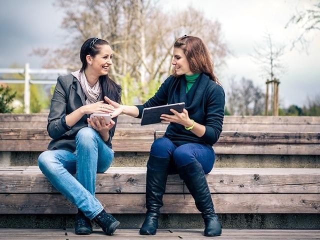 Как уверенно говорить с кем угодно: секреты непринужденного общения
