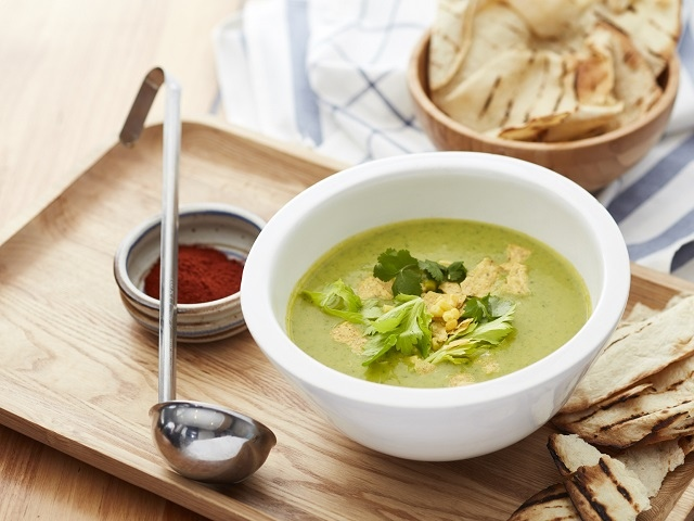 10 рецептов полезных супчиков с сельдереем