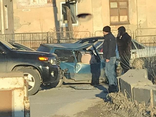 На Южном Урале «Оку» нетрезвого водителя смяло в ДТП с внедорожником