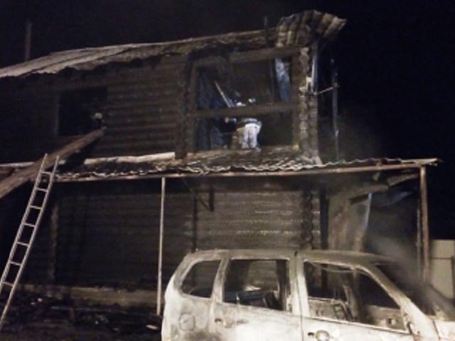 В Челябинской области на пожаре погибли мать с ребенком