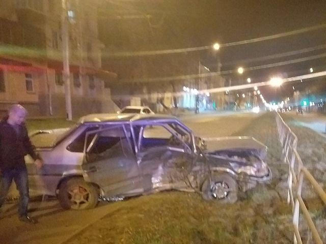 В центре Миасса водители не смогли поделить дорогу