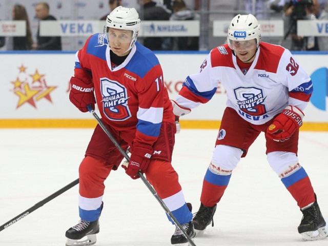 Владимир Путин забил 8 шайб в гала-матче Ночной хоккейной лиги