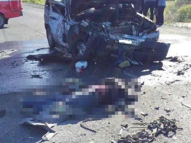 Три человека погибли в лобовом ДТП в Челябинской области