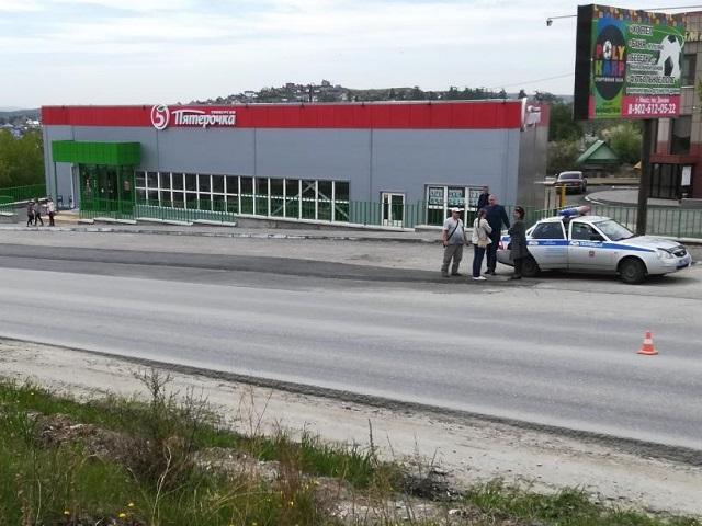 В Миассе водитель иномарки сбил переходившего дорогу ребенка