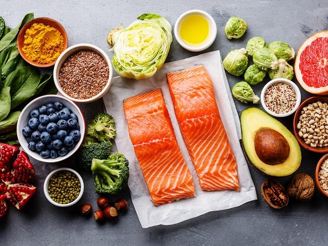 Гастроном вместо аптеки: пищевые источники всех витаминов
