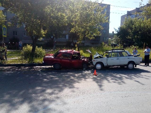 В Миассе водитель погиб при столкновении отечественных легковушек