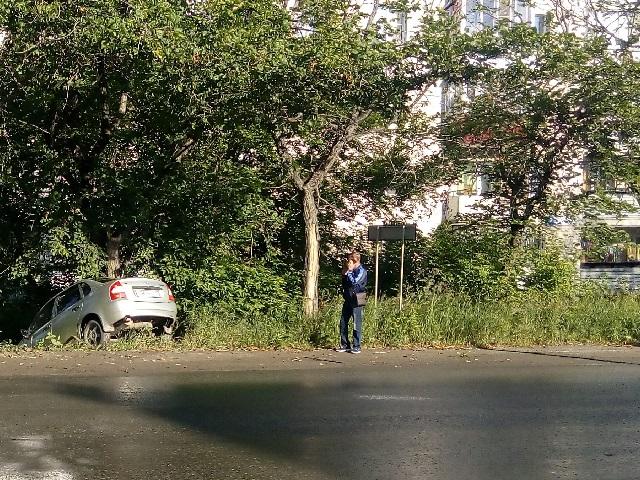 В Миассе женщина за рулем «ВАЗа» вылетела в кювет
