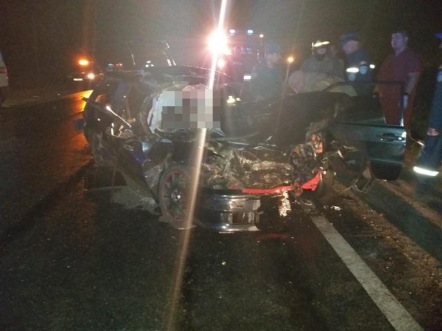 В Челябинской области пассажир легковушки погиб в страшном ДТП с большегрузом