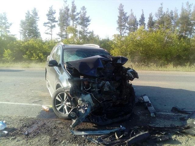 В Челябинской области водитель кроссовера спровоцировал массовое ДТП с погибшим