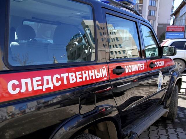 В Челябинской области во дворе дома найден труп мужчины