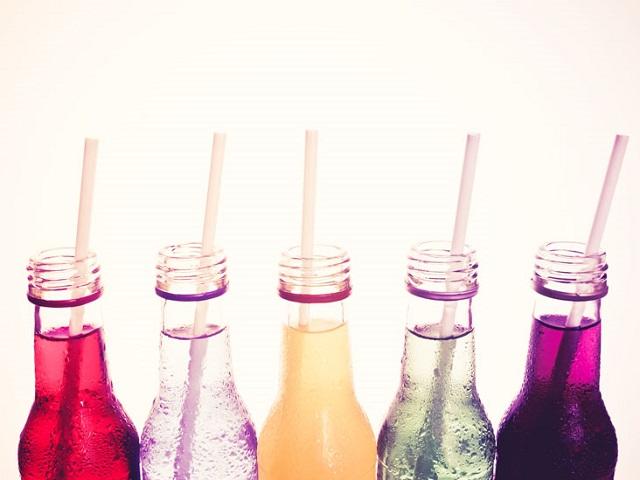 Стоматологи назвали самые вредные для зубов напитки