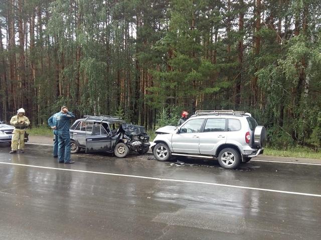 Женщина за рулем «классики» погибла в лобовом ДТП в Челябинской области