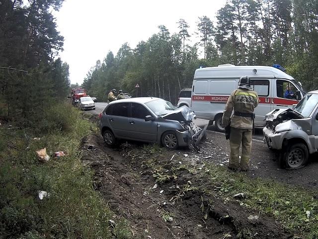 Под Миассом водитель иномарки устроил ДТП с пострадавшим