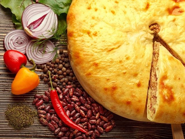 Из духовки с любовью: 7 рецептов пирогов с мясом