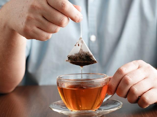 Достаточно одного: раскрыта опасность для здоровья человека чайных пакетиков