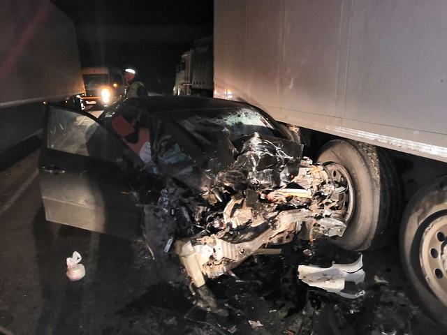 В Челябинской области водитель легковушки погиб в лобовом ДТП с большегрузом