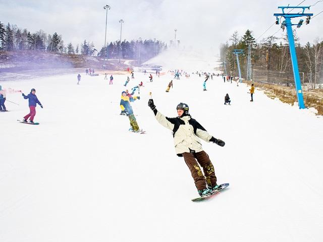 На горнолыжном курорте «Солнечная долина» состоялось открытие сезона 2019/2020