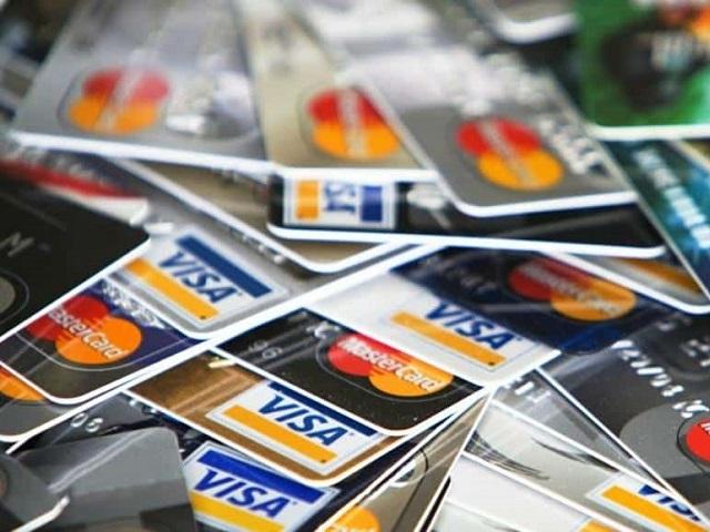 В России в четыре раза выросло число случаев мошенничества с платёжными картами