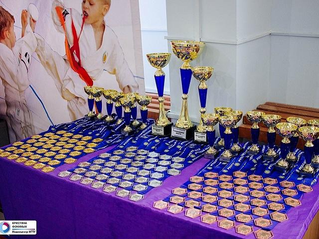 Южноуральские спортсмены приняли участие в региональном турнире по каратэ