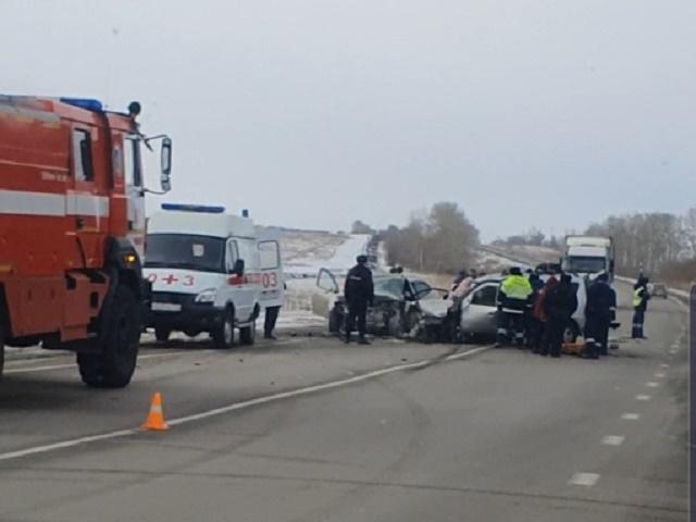 На Южном Урале четверо человек погибли в лобовом ДТП