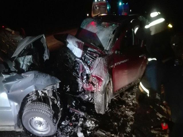 «Лоб в лоб»: в Челябинской области в ДТП погибли двое