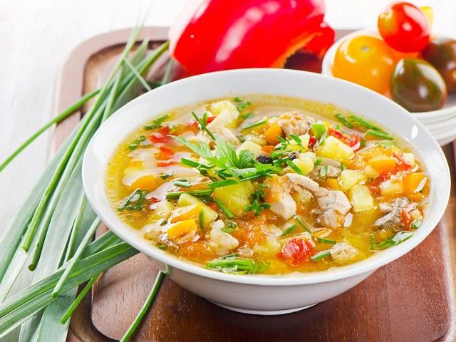 Как сварить куриный суп: 10 лучших рецептов