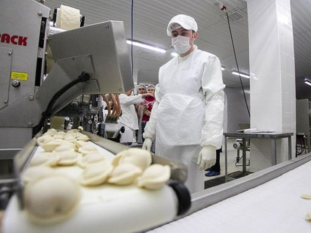 На Южном Урале более 13 тонн просроченного мяса пустили на производство полуфабрикатов