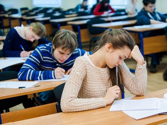 Южноуральские школы наказали за тестирование детей на наркотики без согласия родителей