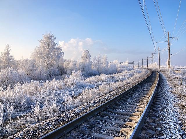 Школьники из Кыштыма устроили опасные игры на железной дороге