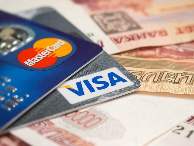 В России стали платными банковские переводы по номеру телефона