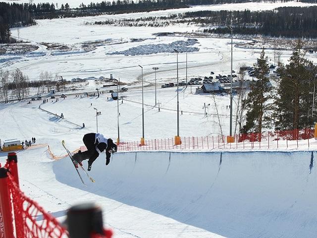 В «Солнечной долине» завершились соревнования Кубка России по сноуборду в акробатических дисциплинах