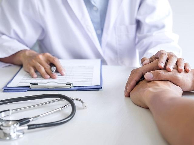 Вызывает бесплодие и импотенцию: врачи предупредили об опасности популярного обезболивающего