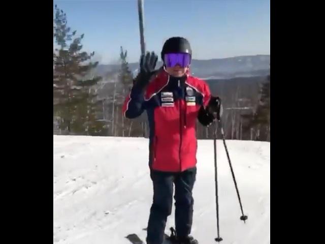 Алексей Текслер прокатился по трассе для ски-кросса в Миассе