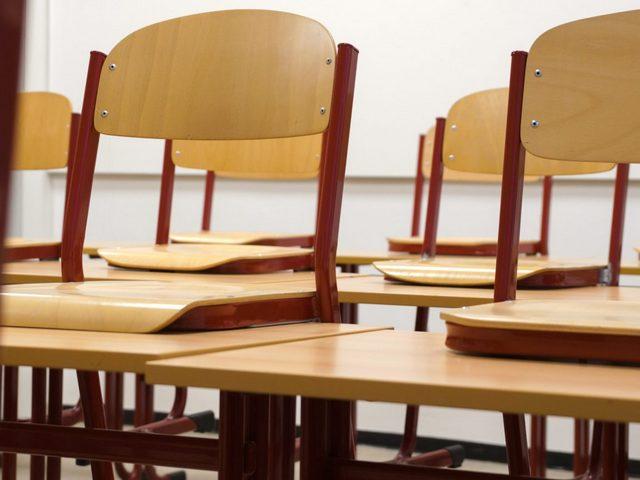 Миасские школы отправляются на плановые каникулы