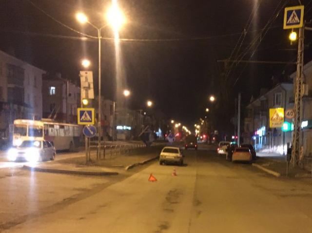 В Миассе 18-летняя девушка сбила на «зебре» несовершеннолетнего пешехода