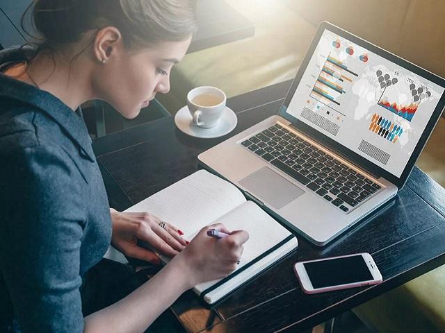 Сбербанк впервые открыл доступ к своей Виртуальной школе