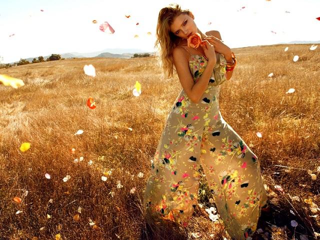 Платья в цветочек для мам и дочек: составляем гардероб на лето