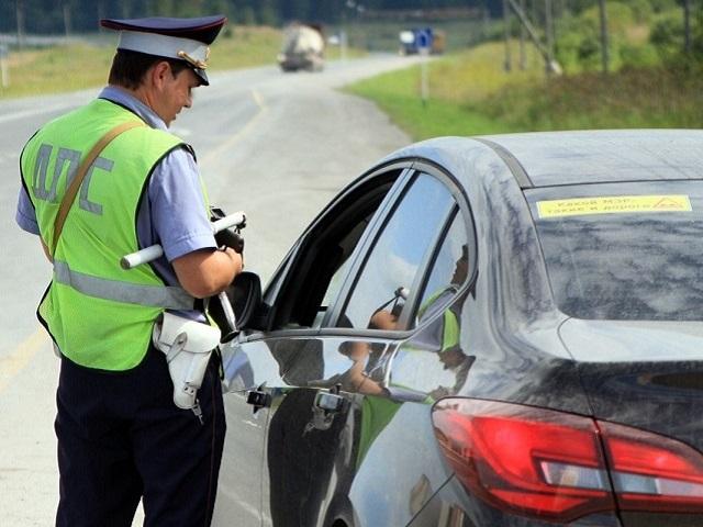 Российских водителей предупредили о новом штрафе в 50 тысяч рублей