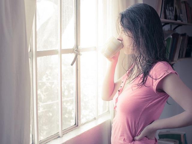 Утренние привычки, которые незаметно разрушают здоровье человека