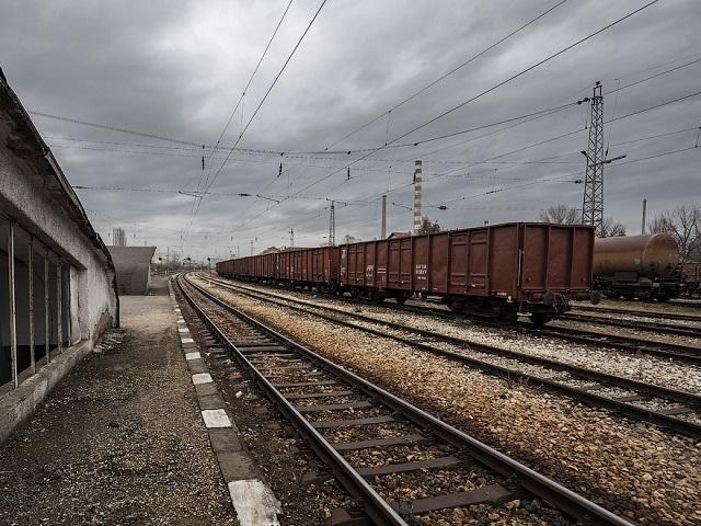 На Южном Урале грузовой поезд раздавил женщину