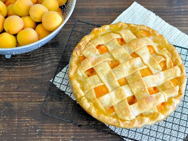 Абрикосовые пироги: 10 рецептов вкусного и ароматного лакомства