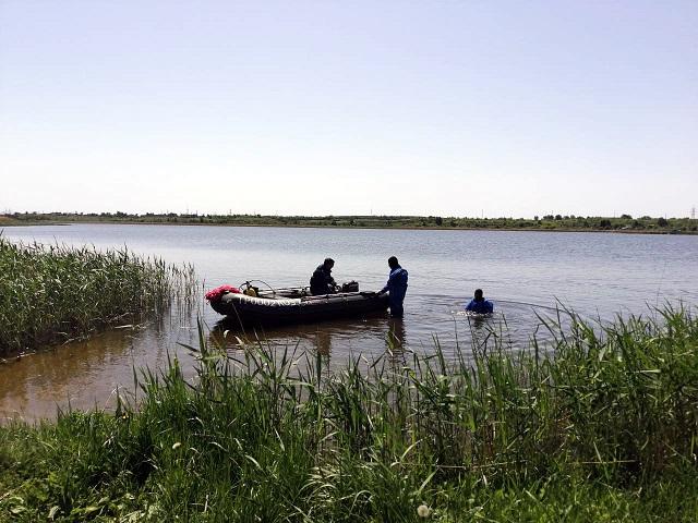 Шестилетний мальчик и его дедушка утонули на карьере в Челябинской области