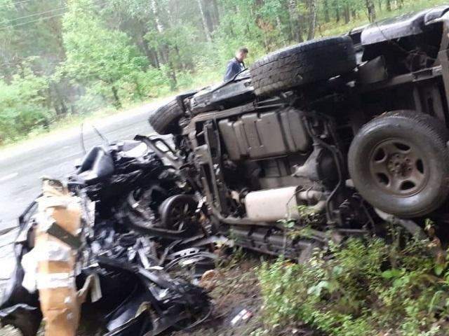 Легковушку разорвало на две части: в Челябинской области в ДТП погиб молодой водитель