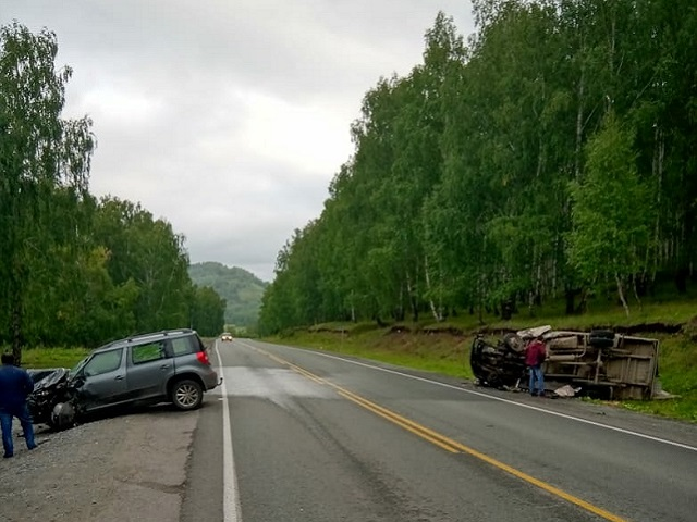 Пять человек пострадали в серьезном ДТП на Южном Урале