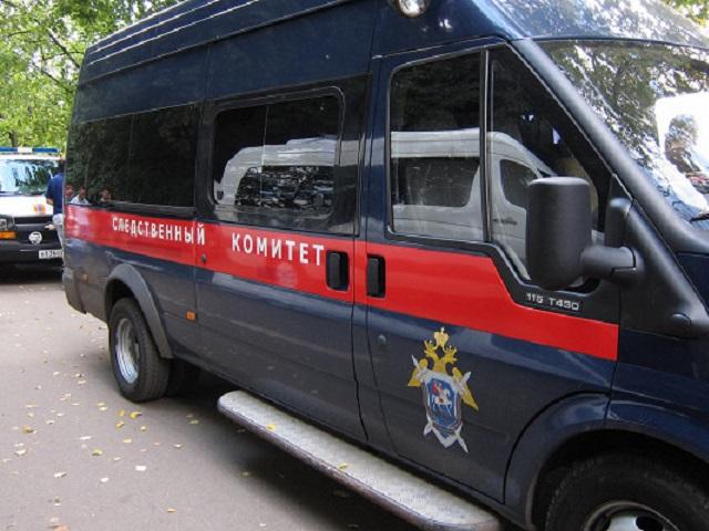 В заброшенном здании в Челябинской области обнаружили тела школьницы и её парня