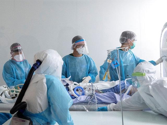 Четыре женщины с коронавирусом скончались за сутки в Челябинской области