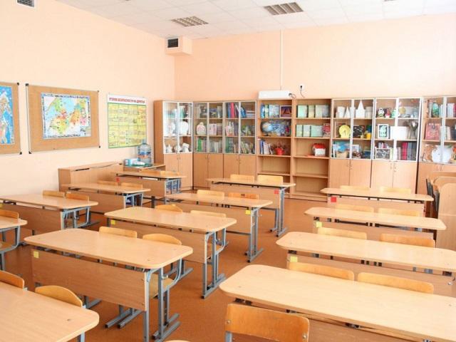 Почти 400 классов и три школы закрыты на карантин по ОРВИ в Челябинской области