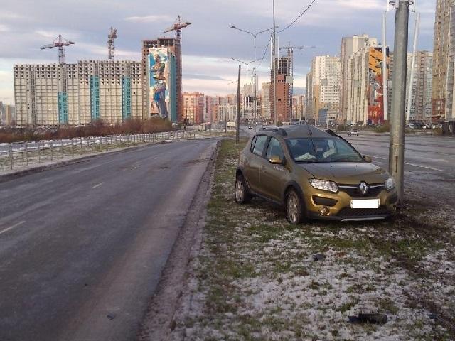 Управлявшую иномаркой женщину увезли на скорой после ДТП в Челябинске